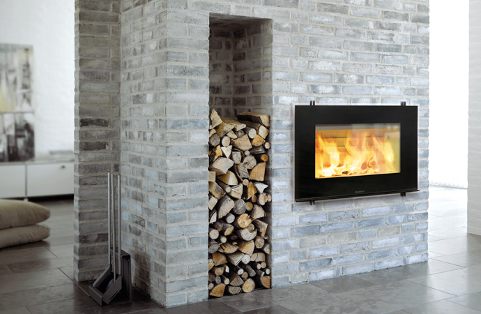 Hwam geїntegreerde houtkachel in muur breder model